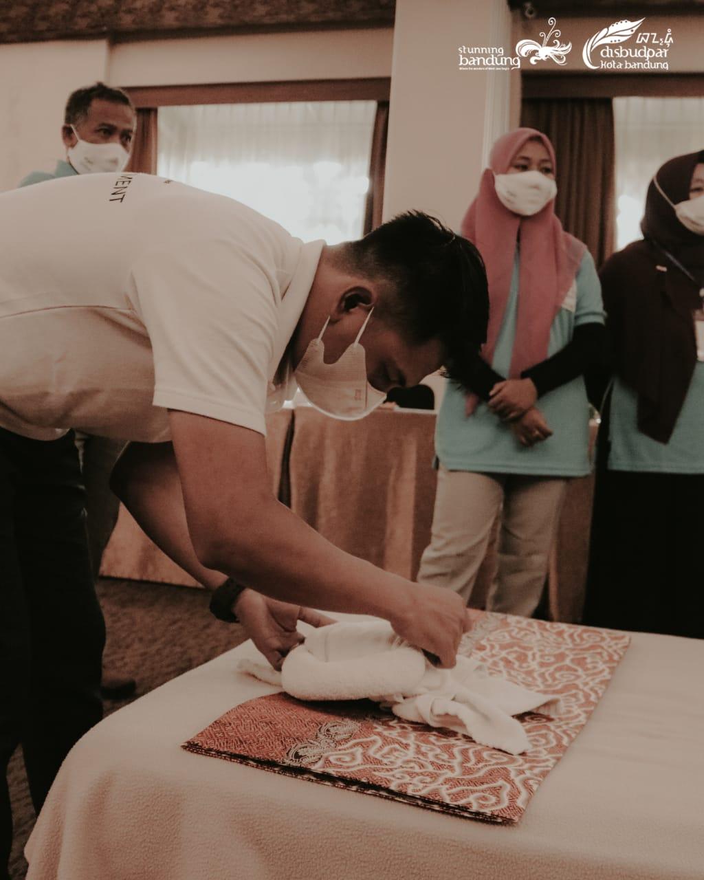 Kegiatan Pelatihan Tata Kelola Homestay Kampung Wisata Literasi Kecamatan Cinambo Kota Bandung